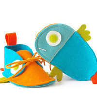 Baby shoes in turquoise & orange, Guppies newborn boys girls baby booties, tropical fish-like infant slippers, unisex shower gift