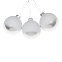 White and Silver Baubles (Set of 3) - Decoration - Collection - Christmas | Zara Home United States of America