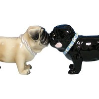Kissing Pugs - Salt &amp; Pepper Shakers