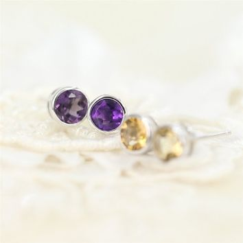Magic Pieces Sterling Silver Earrings with Faceted Round Shape Natural Brazilian Purple Amethyst