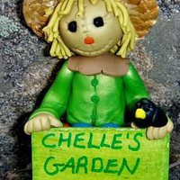 creativecritter : I will make a personalized garden scarecrow sculpture for you or as a gift for $5 on fiverr.com
