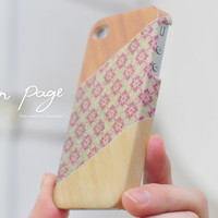 iphone case : vintage pattern on wood (not real wood)