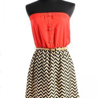The Polished Peach Color Blocked Chevron Print Sleveless Dress
