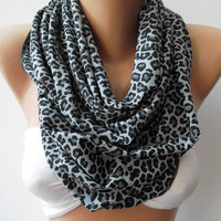 ON SALE  Infinity Scarf Loop Scarf Circle Scarf Gift - Leopard - Super  Loop