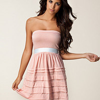 Caprice Dress, Rut m.fl.