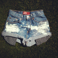 Vintage High Waisted Denim Peek-a-boo Heart Pocket Jean Shorts Size 26 and 27
