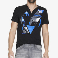 SLUB STRIPE HENLEY GRAPHIC TEE - PHOTO TRIANGLES from EXPRESS