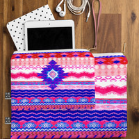 Hadley Hutton Boho Tribal 8 Pouch - Structured /