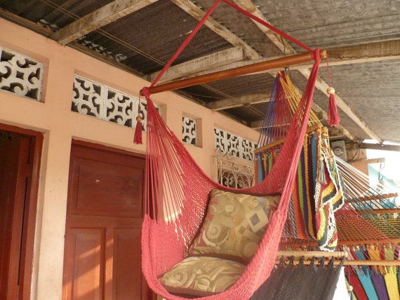 Red Sitting Hammock, Hanging Chair Natural Cotton and Wood