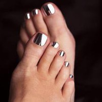 http://beauty-pod.com/images/minx-nails-toes-silver1%5B1%5D.jpg