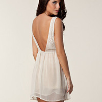 Tindra Low Back Dress, Glamorous