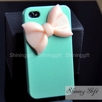 Mint iPhone 4 case with pastel pink bow
