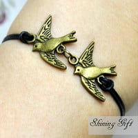 Vintage style loving birds bracelet, Flying Bird Bracelet