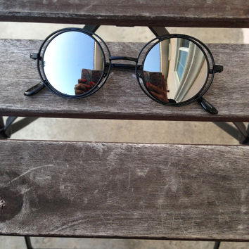 Gnarly C Sunnies – Gold Soul