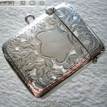 Edwardian 925 Sterling Solid Silver Chased Ivy Leaf Vesta Match Case by Percy Frederick Jackson, Hallmarked for Birmingham, 1908 (ref: 2188)