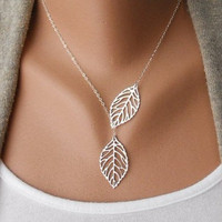 Jewelry leaves necklace chain necklace women necklace girls necklace metal necklace made of silver leaves chain pendant necklace  XL-2518