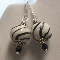 Kazuri black and white earrings