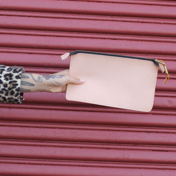 The Woody Clutch - Les Mechantes