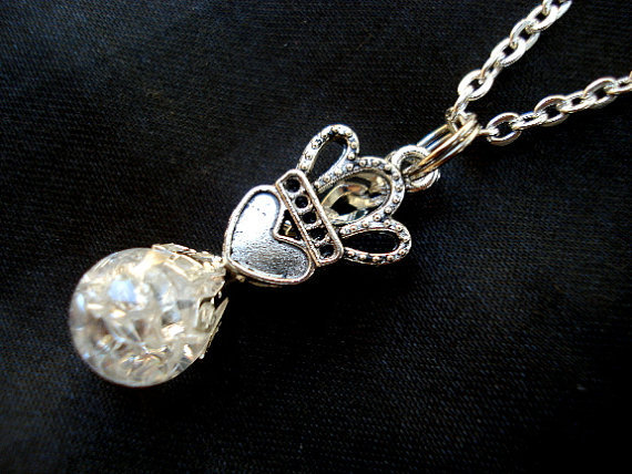 Queen of Hearts Love Crystal Crackle Glass Marble Necklace