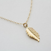 Gold Feather Necklace,layering necklace,Fall Wedding,Bridesmaid gifts,Wedding,Birthday, Everyday jewelry