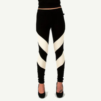 Arrowhead Leggings Black and Cream Chevron Tights