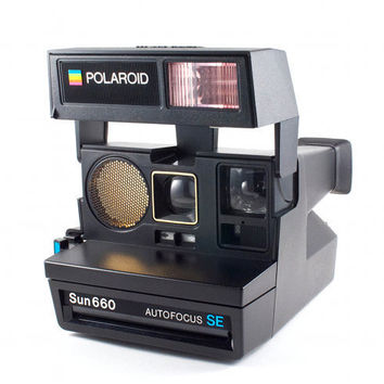 vintage polaroid camera sun 660 autofocus from thebabydynosaur on. Black Bedroom Furniture Sets. Home Design Ideas