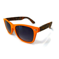 Black and Orange-faced Wayfarers