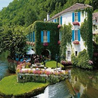 Le Moulin de lAbbaye, Brantme, France