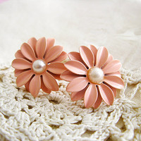Sunny Daisy Earrings - Retro, Indie and Unique Fashion