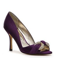 Audrey Brooke Adel Pump