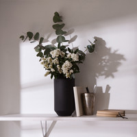 Angular matte vase - Price