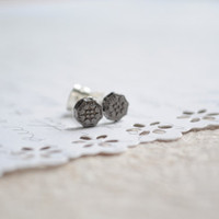 Tiny little metal earrings- Metal flowers on silver posts