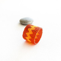 Autumn boho chic band ring. Burnt orange yellow zigzag peyote