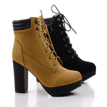Rio1 Lace Up Padded Collar Chunky Heel Ankle Work Boot