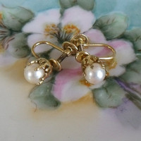 Vintage 1940's Cultured Pearl Earrings Screwback - 12k Goldfilled