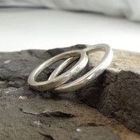 RING in Sterling Silver. Wedding Band. Unisex. Minimalistic and Modern. Hammered and  Forged.