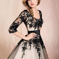 Stock Beautiful Sleeves Black/Champagne Bridal Prom Gown Wedding Dress SZ :24