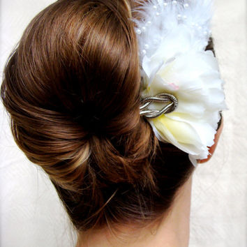 1920s Wedding Hair Fascinator, Diamond White Hair Clip, Bridal Hair