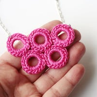 Pink Circle Necklace on Luulla