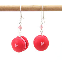 Macaron earrings : strawberry macarons