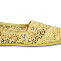 Yellow Crochet Women&#x27;s Classics