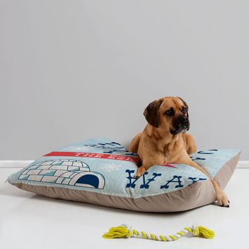 """Heather Dutton Frolic And Play Pet Bed - 40"""" x 30"""""""