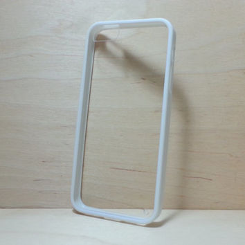 Silicone Bumper and Clear Hard Plastic Back Case for iPhone 5 / 5s - White