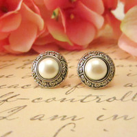 Vintage Button Earrings, Silver Pearl Stud Earrings, Bridesmaid Earrings, Pearl Earrings with S design, summer fashion, fall style
