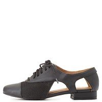 Qupid Cut-Out Oxfords by Charlotte Russe - Black