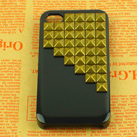 Bronze Pyramid Studded Iphone 4 Cas.. on Luulla