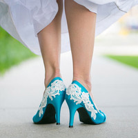 Blue Wedding Heel with Ivory Lace Applique. US Size 5.5