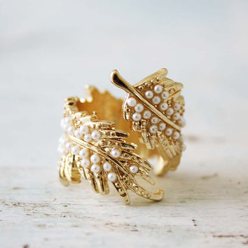Coldwater Feather Ring in Pearl, Sweet Country Inspired Jewelry