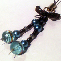 Teal Crystal & Pearl w/ Black Bow Phone / Purse Charm