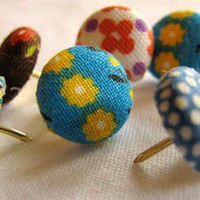 How to make decorative thumbtacks | How About Orange